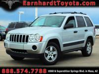 We are happy to offer you this 2005 Jeep Grand Cherokee