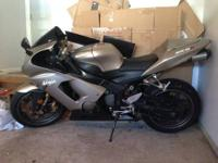 Beautiful, like-new 2005 Kawasaki Ninja 636 / ZX-6R