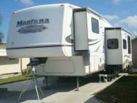 2005 Keystone Montana Considered to be fully self