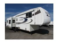 2005 Keystone RV Challenger 32TKB,Lounge Chairs, End
