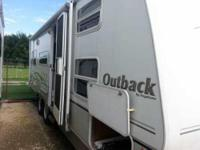 2005 Keystone RV Outback 26RS in Excellent Condition.
