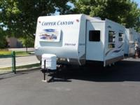 2005 Keystone Sprinter 30FKMS. Pre-Owned Travel