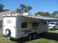 Sprinter 30ft fifth wheel travel trailer model 27fwrls.