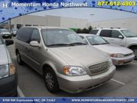Options Included: N/AThis 2005 Kia Sedona LX has a