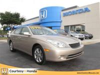 2005 LEXUS ES 330 Sedan 4dr Sdn Our Location is: