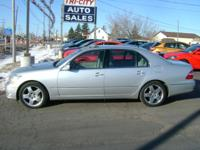2005 LEXUS LS430 4.3V8! ONE OWNER! NEW CAR TRADE! FULLY