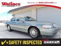 2005 LINCOLN Town Car SEDAN 4 DOOR 4dr Sdn Signature
