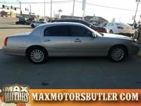 Recent Arrival! 2005 Lincoln Town Car Signature Silver
