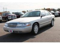 This great 2005 Mercury Grand Marquis GS CONVENIENCE is