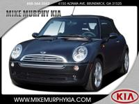 People everywhere will love the way this 2005 MINI