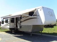 2005 Mobile Suites 36TK3 by Doubletree RV, fully loaded