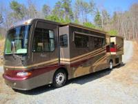 RV Type: Class A Year: 2005 Make: Monaco Model: Camelot