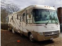 **MUST SEE*** 2005 Dolphin Lx , Workhorse custom