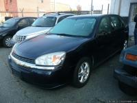 2005 NAVY BLUE CHEVY , MOON ROOF ON BACK PASSENGER
