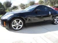 2005 NISSAN 350Z Coupe Our Location is: Matthews-Currie