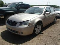 2005 Nissan Altima 2.5 S only has 39K miles on it and