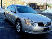 2005 Nissan Maxima SE,very clean,well maintained,No