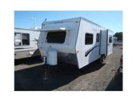 2005 Northwood Artic Fox 25R in excellent condition!