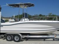 This Palm Beach 2000 CC just may be the perfect boat