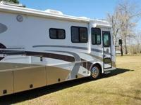 2005 Phaeton, by Tiffin Motor Homes, 40RH, 40' length,