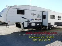 2005 Pilgrim International 320BH 5SS Bunkhouse, 11520lb