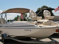 Clean 2005 22 foot Princecraft fishing deck boat for