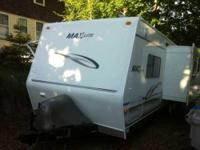 2005 R-Vision Max-Lite 29BHS Travel Trailer. This 29