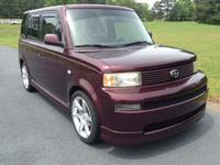 REDUCED CLEANCARFAX EASY FINANCING This Scion XB looks
