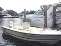 ,,,,,,2005 Sea Boss 21 BAY Center Console boat with