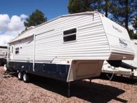 Great Clean Keystone Springdale 276RL Fifth Wheel with