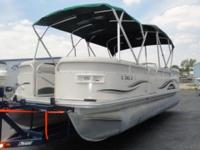 OPTIONS ON THIS BOAT Outstanding Condition! Pop Up