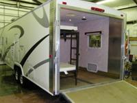 21002005 Sunline Transport T-3075 31 Travel Trailer Toy