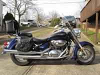 Two tone black and blue 800cc Boulevard with low miles