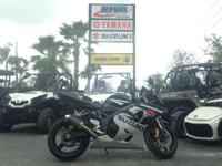 -LRB-305-RRB-712-6476 ext. 493. Utilized 2005 Suzuki