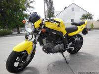 2005 Suzuki SV650 for sale. Yoshimura exhaust, bar end