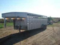 2005 Titan Livestock trailer, tandem torsion axles,
