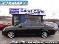 Clean Carfax & Title!! All Power Options, Leather