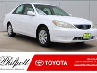 This 2005 Toyota Camry LE comes complete with:-Keyless