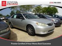 Lunar Mist 2005 Toyota Camry LE FWD 5-Speed 2.4L I4