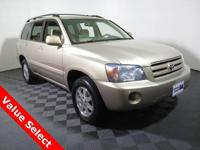 2005 Toyota Highlander V6 with 3.3L V6 Engine. Cloth