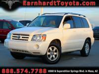 We are happy to offer you this 2005 Toyota Highlander
