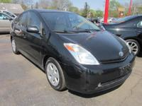Come examination drive this 2005 Toyota Prius! This