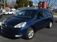 This  2005 Toyota Sienna doesn't compromise function