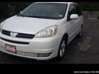 2005 Toyota Sienna XLE Limited seven Passenger For