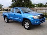 Tacoma Access Cab PreRunner V6 2WD 6Spd Manual with