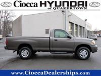 FUEL EFFICIENT 20 MPG Hwy/16 MPG City! Tundra trim. CD