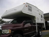 2005 Travel Lite slide in truck camper. 890 RX.. Great