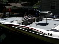2005 TRITON 196 BASS BOAT... THIS BOAT IS LOADED WITH A