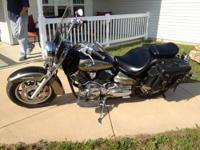 2005 V-Star 1100 Classic; two-tone paint; 3,330