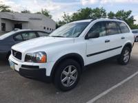 White 2005 Volvo XC90 2.5T AWD 5-Speed Automatic with